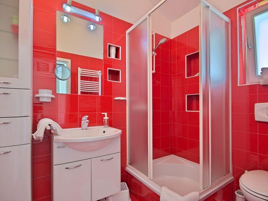 Villa hisina banki pore firma istria home d o o for Badezimmer jasmin