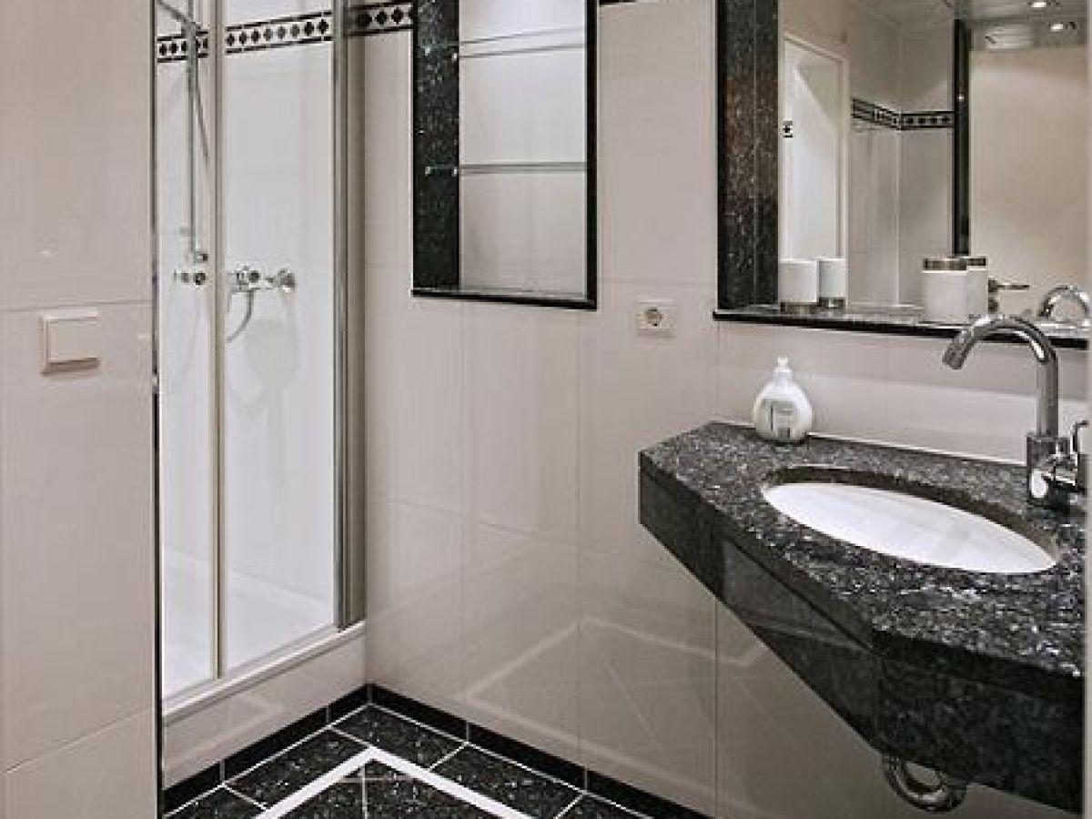 ferienwohnung l ck ahrtal dernau rheinland pfalz herr franz josef l ck. Black Bedroom Furniture Sets. Home Design Ideas