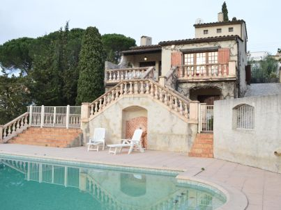 Beautiful 4-rooms villa