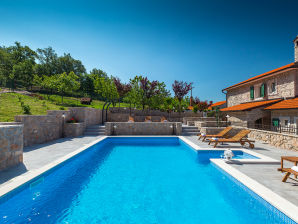 Villa Skavre