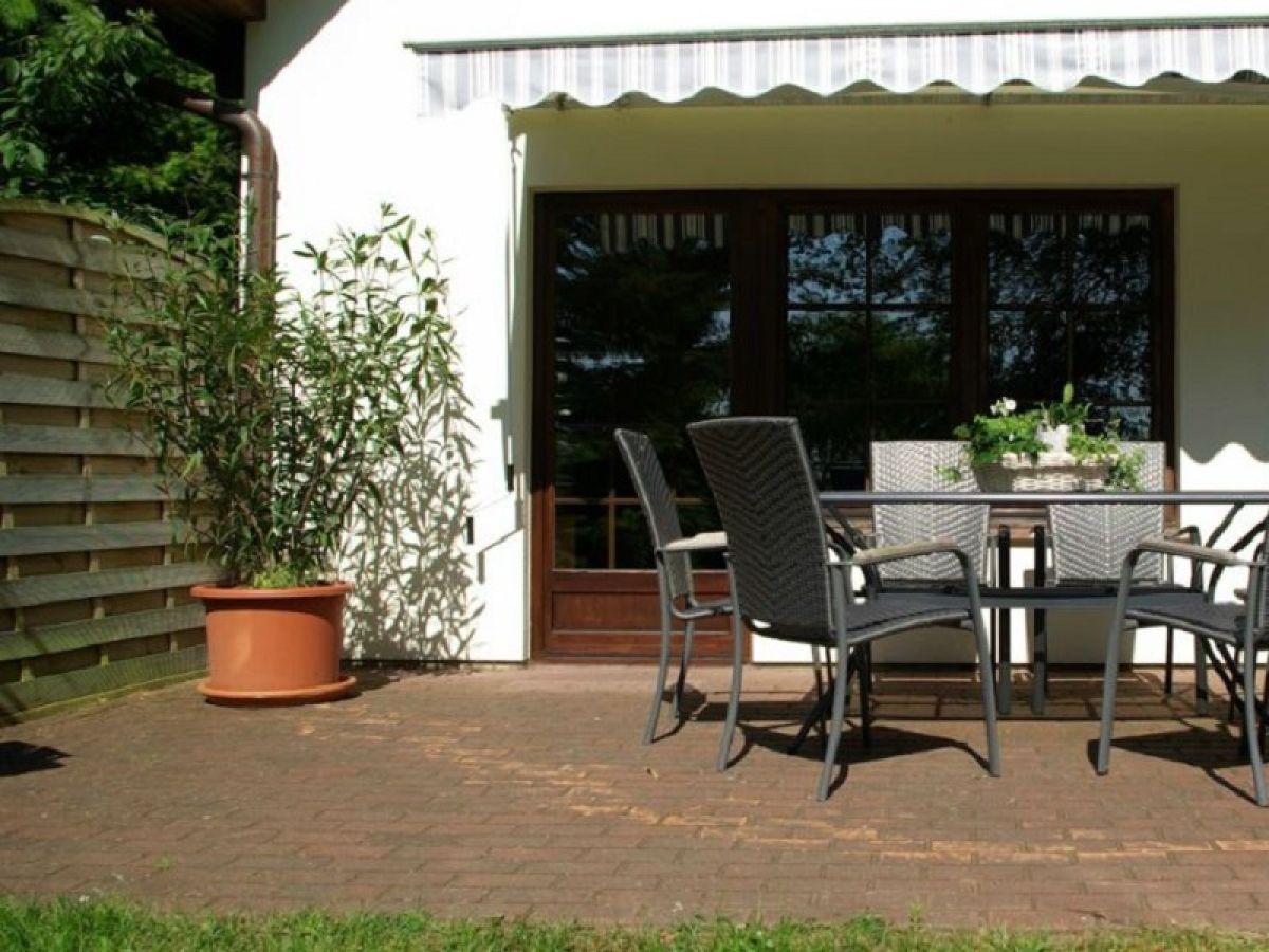 ferienhaus das kleine waldhaus plauer see frau kerstin parlowski. Black Bedroom Furniture Sets. Home Design Ideas