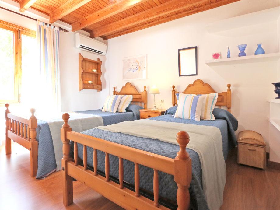ferienhaus villa el olivo inca mallorca firma team. Black Bedroom Furniture Sets. Home Design Ideas