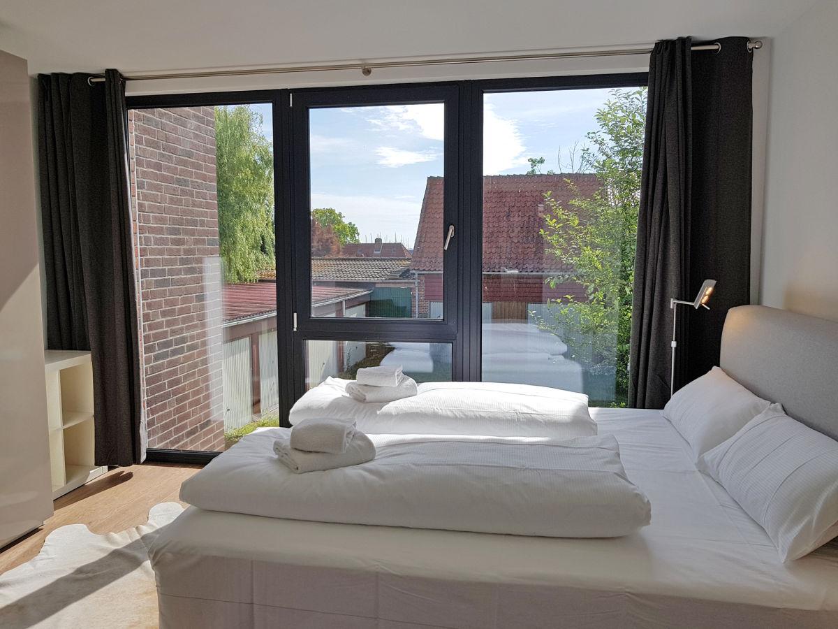 ferienwohnung fischerdorf hafenloft mit meerblick ostsee kieler bucht heiligenhafen. Black Bedroom Furniture Sets. Home Design Ideas