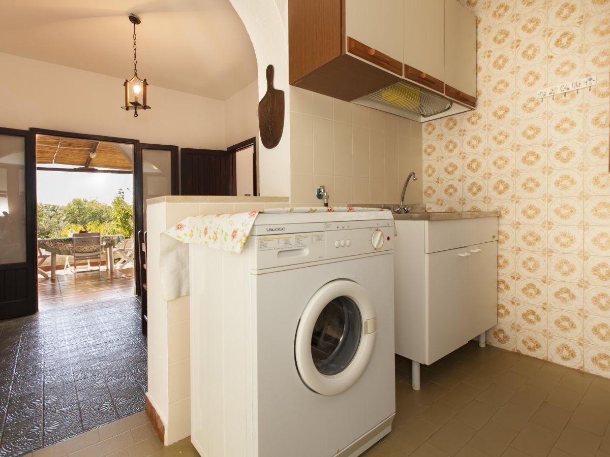 ferienwohnung villa marianna sardinien olbia tempio firma new sardinian holidays limited. Black Bedroom Furniture Sets. Home Design Ideas