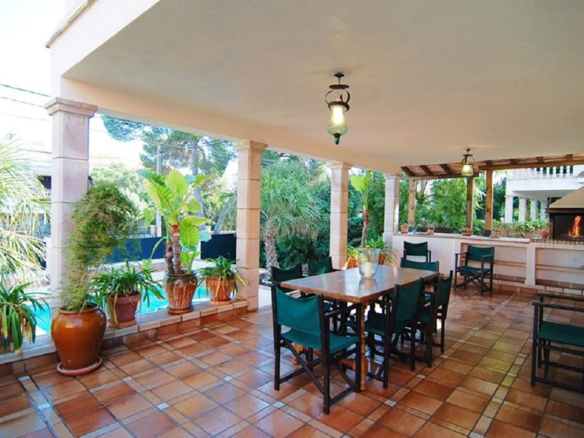Villa mallorca playa mallorca arenal firma govilla for Mallorca villa mieten