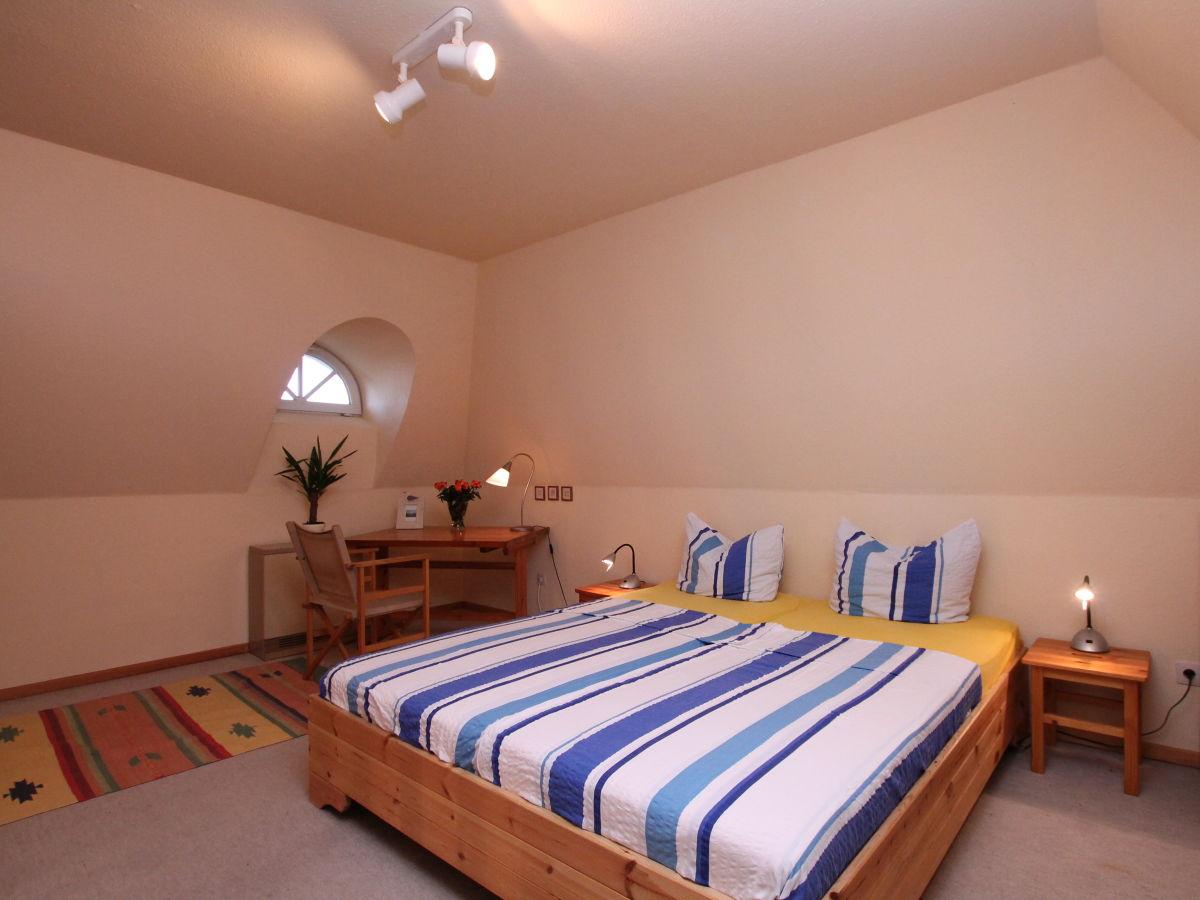 ferienwohnung reethaus hus op de wurth b sum herr. Black Bedroom Furniture Sets. Home Design Ideas