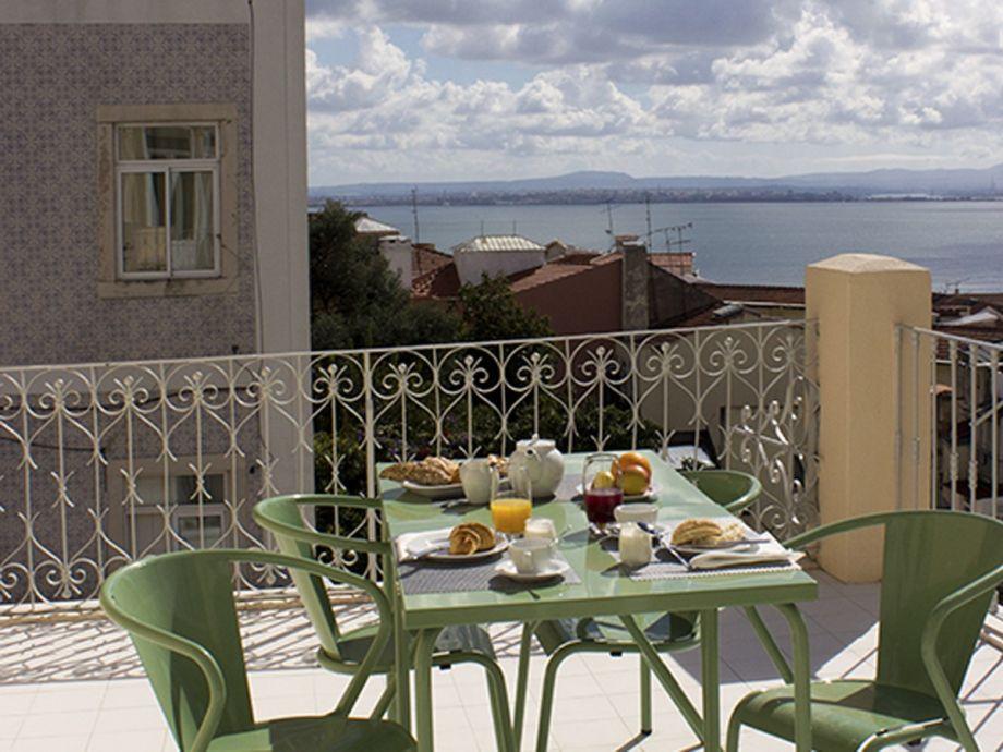 Außenaufnahme Ap32 - Amazing 3 bedrooms apartment with large terrace and river view, Graça district