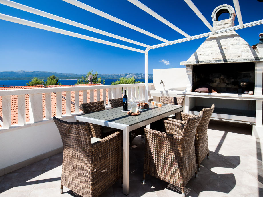 terrace with sea view and BBQ
