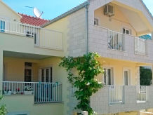 Holiday apartment Pašalić 1