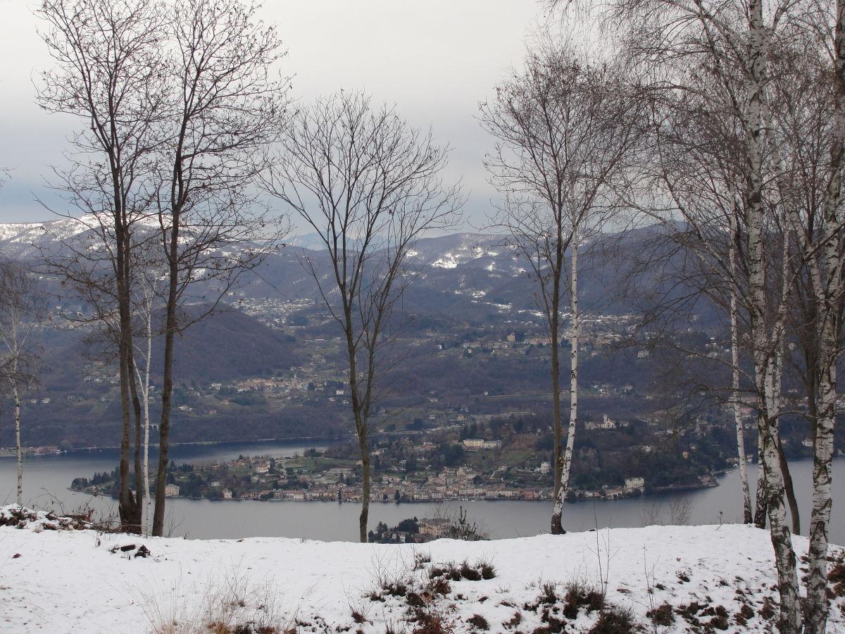 Ferienhaus villino camparbino ortasee madonna del sasso - Garten im winter ...