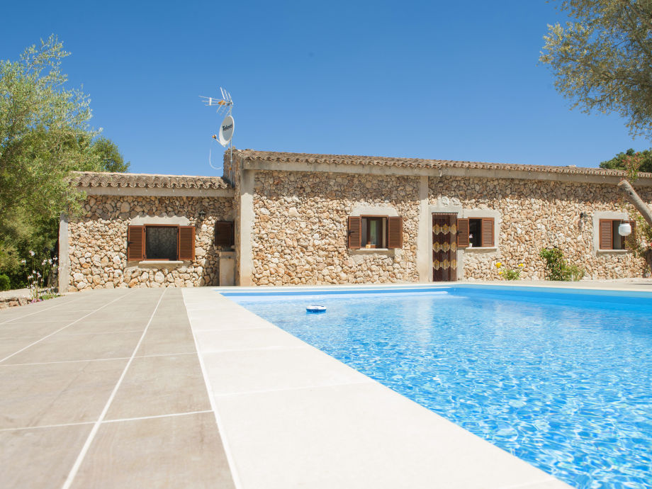 Villa Can Barrera with swimming pool