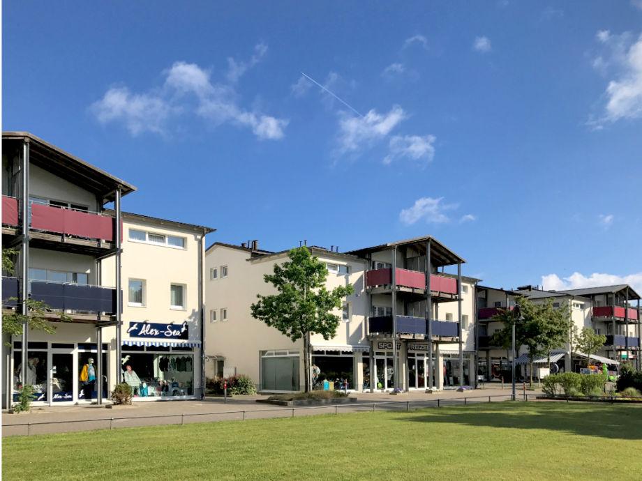 Strandpalais > neben der Seebrücke von Boltenhagen