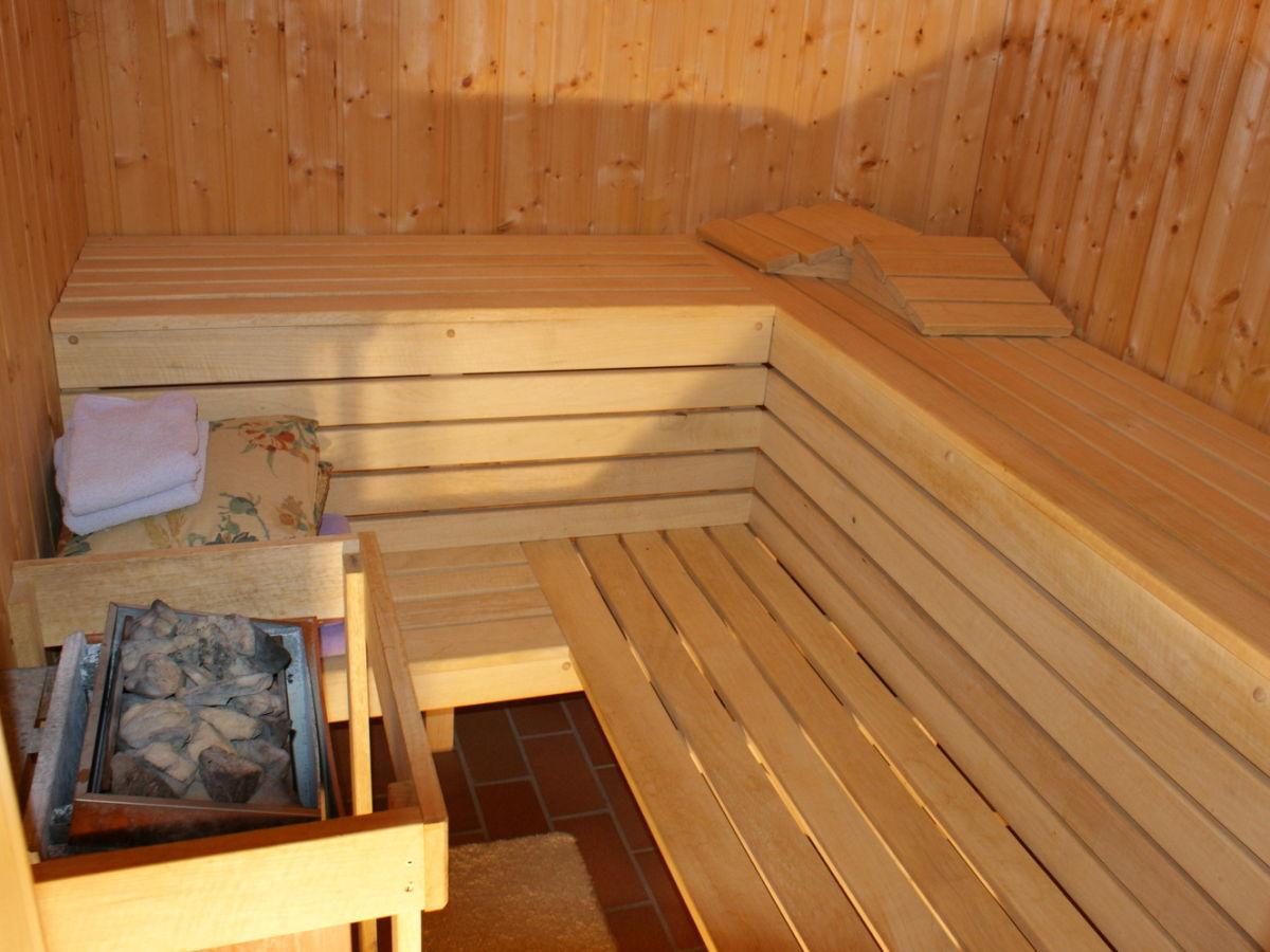 ferienwohnung rosendahl wohnung a k rnten familie axel und ursula rosendahl. Black Bedroom Furniture Sets. Home Design Ideas