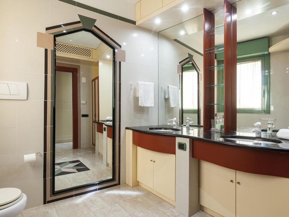 Außergewöhnlich 4 Badezimmer +1 Gästebad Im Ganzen Ferienhaus