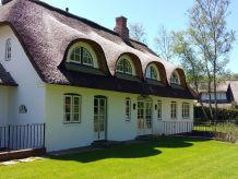 Ferienhaus Exklusives Reetdachanwesen Haupthaus