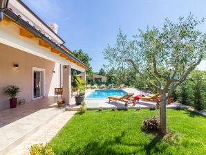 Villa Cynara