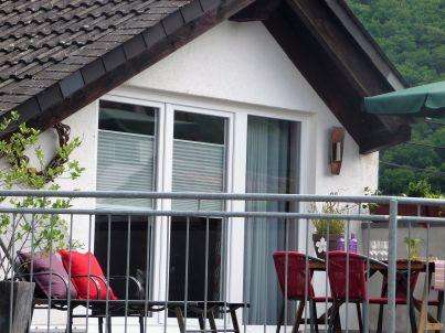 mit Terrasse im Weingut
