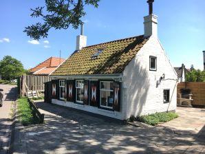 Ferienhaus Dijkhuisje