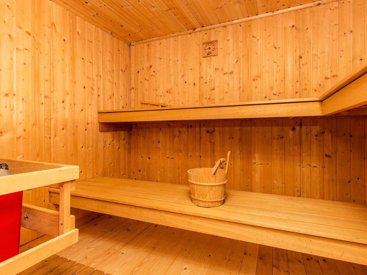 Ferienhaus heimatliebe mit sauna und whirlpool sylt - Sauna whirlpool ...