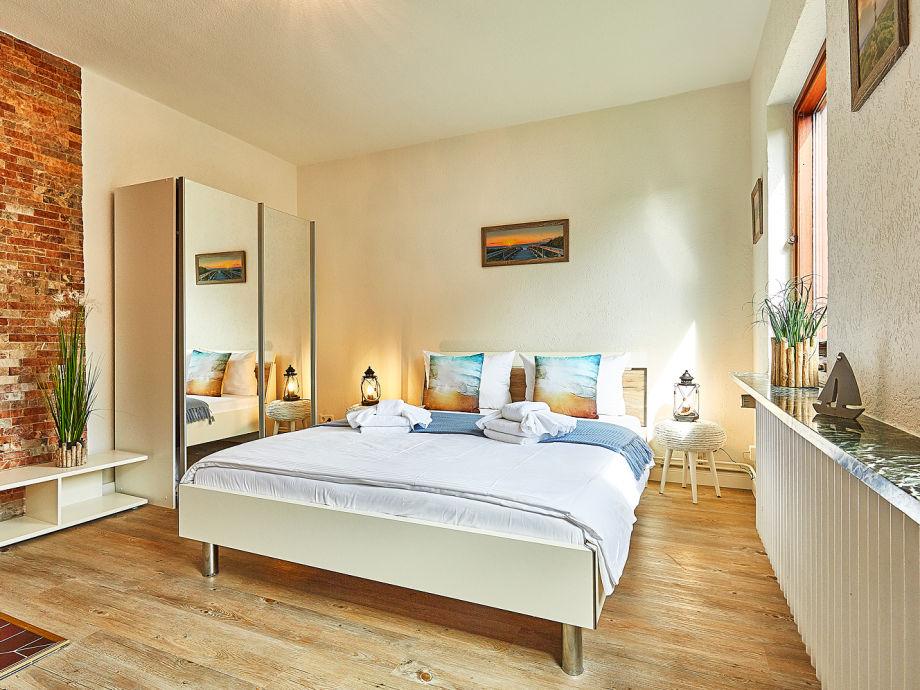 Luxus schlafzimmer mit whirlpool  Best Schlafzimmer Mit Whirlpool Wohnideen Photos - Home Design ...