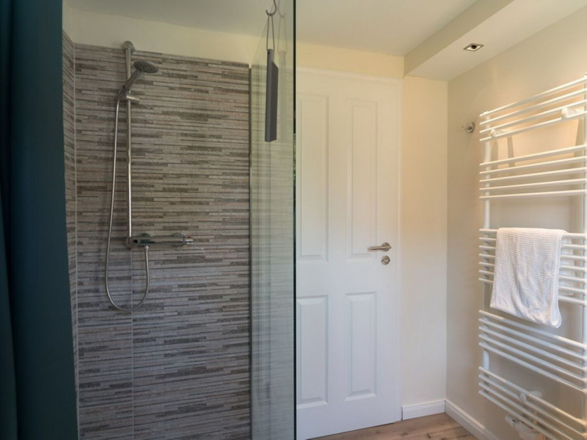 ferienwohnung hygge zf22401 ostsee zingst firma a f vermietungs und verwaltungs gmbh. Black Bedroom Furniture Sets. Home Design Ideas