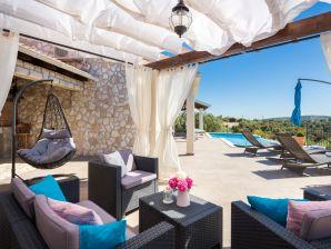 Villa Stone Beauty