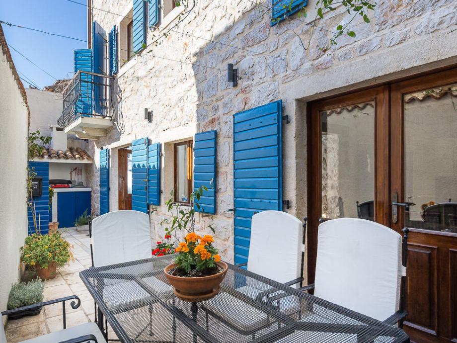 Außenaufnahme Authentic Dalmatian Villa