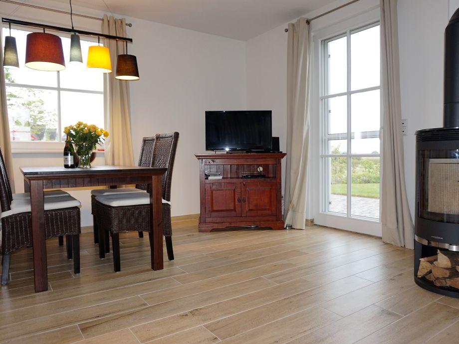 ferienhaus reethaus seeadler mecklenburgische ostseek ste firma lawieka vermietungsagentur. Black Bedroom Furniture Sets. Home Design Ideas