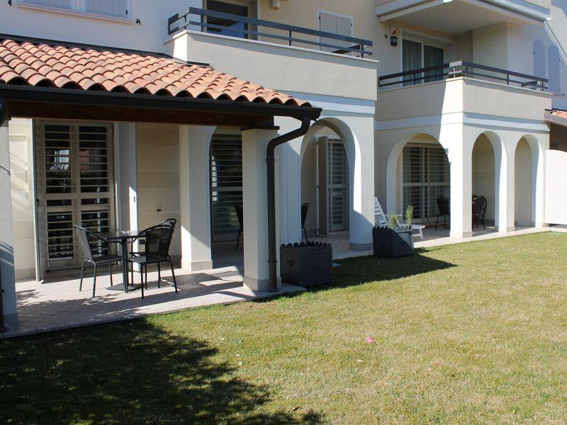 Holiday apartment Amazing Villa  (CIR 017179-CNI-00305)