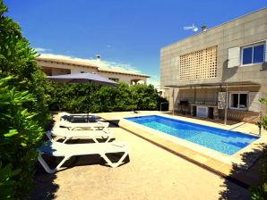 Ferienwohnung 44333 Strandhaus Marivent in Son Serra