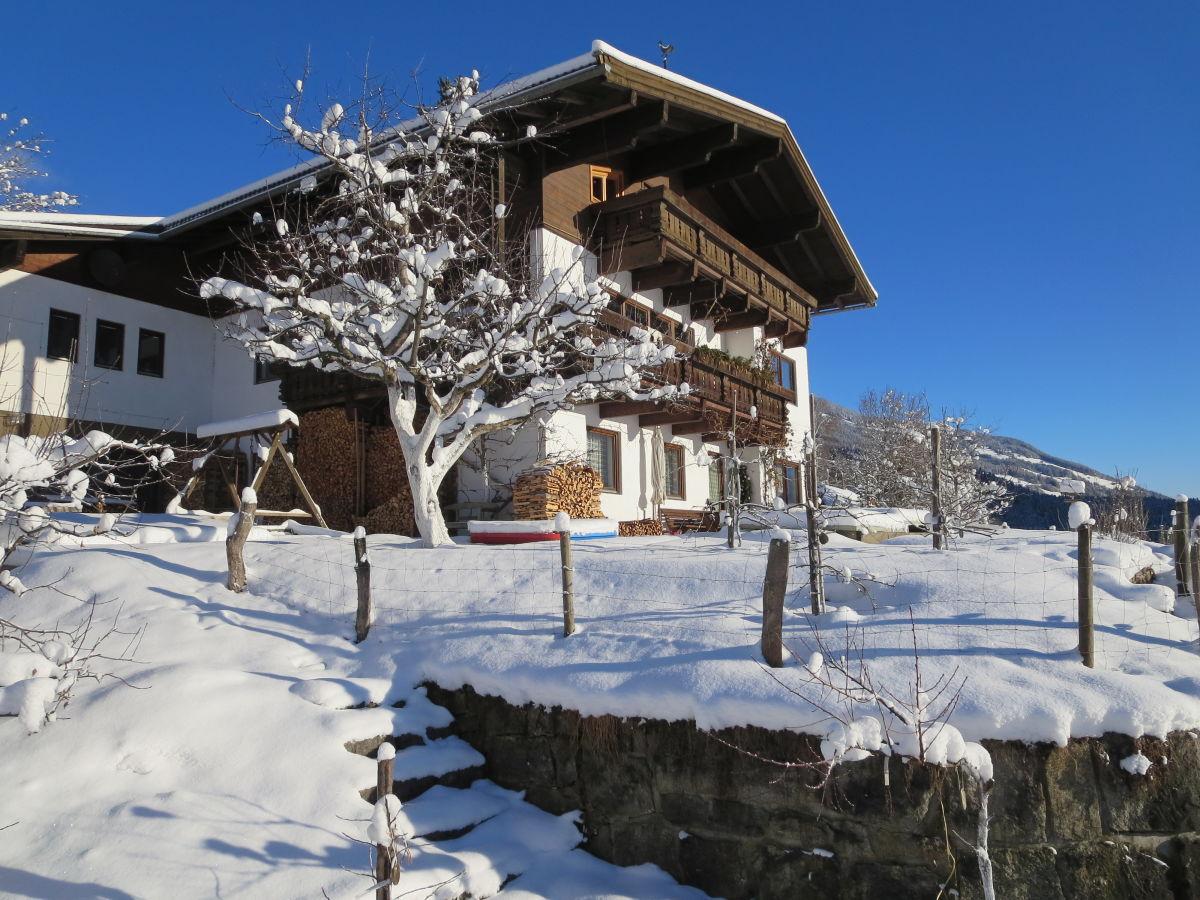 Ferienwohnung ruf oberpinzgau nationalpark hohe tauern frau rosi ruf - Garten im winter ...