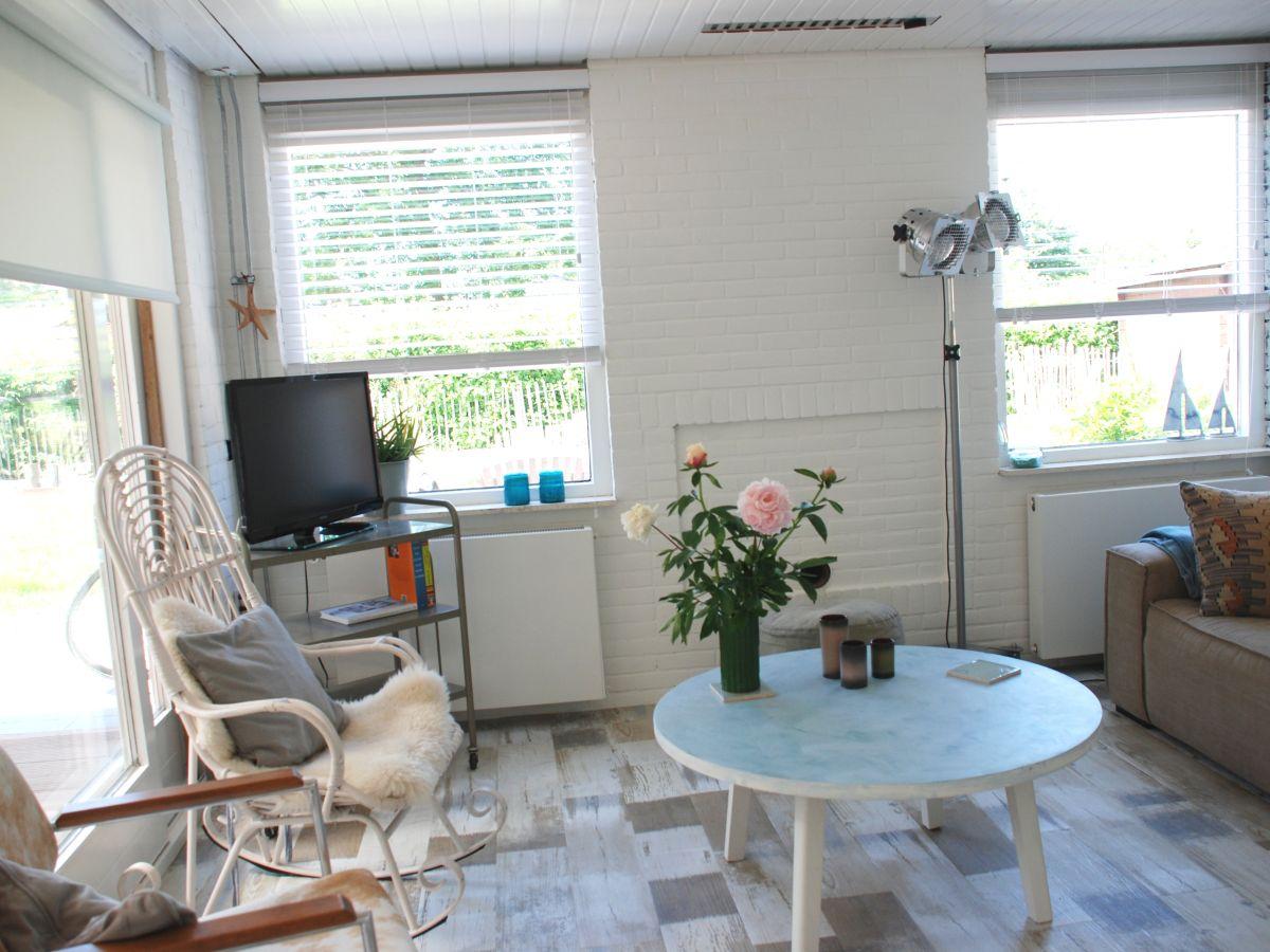 Ferienhaus beachhouse 142 nordsee zeeland renesse for Wohnzimmer eingerichtet