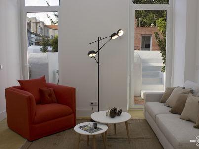 AP 27 - Beautiful one bedroom with terrace in Graça