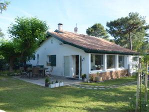 Ferienhaus Villa Lyrp