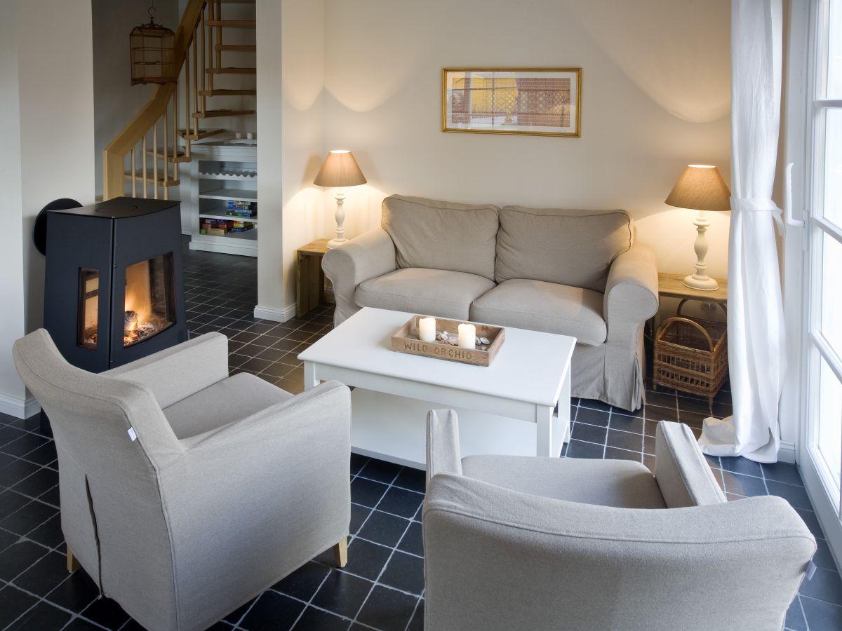 ferienhaus sommerfrische fischland dar zingst zimmerb rse prerow. Black Bedroom Furniture Sets. Home Design Ideas
