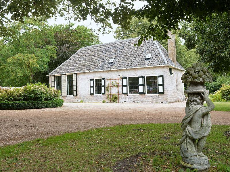 Ferienhaus 'Duinbeek' mitten in der Natur (OG118)