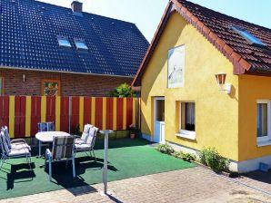 Ferienhaus Ferien mit Freunden im Haus Kranich in Neustrelitz