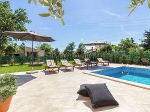 Amazing Villa Cynara