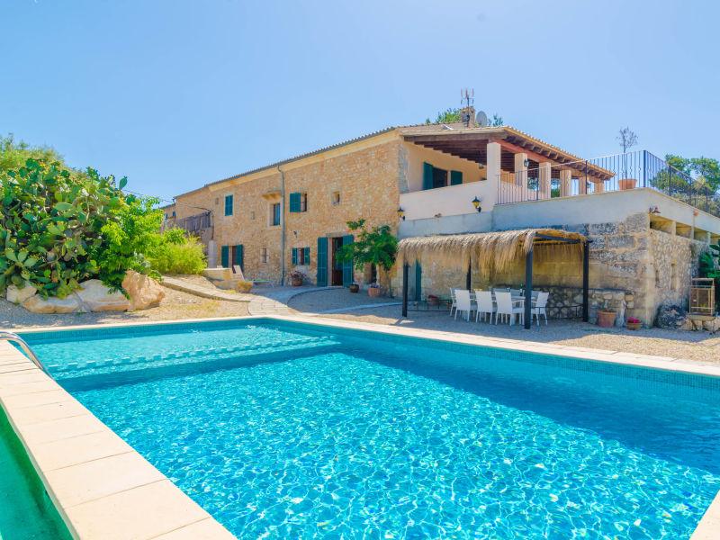 Villa Bandris Nou