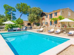 Villa Bandris Vell