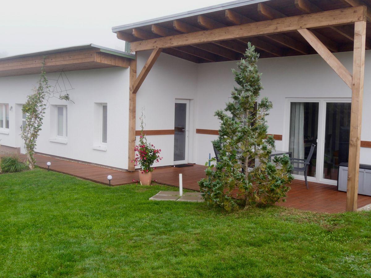 bungalow wallner mecklenburgische schweiz firma. Black Bedroom Furniture Sets. Home Design Ideas