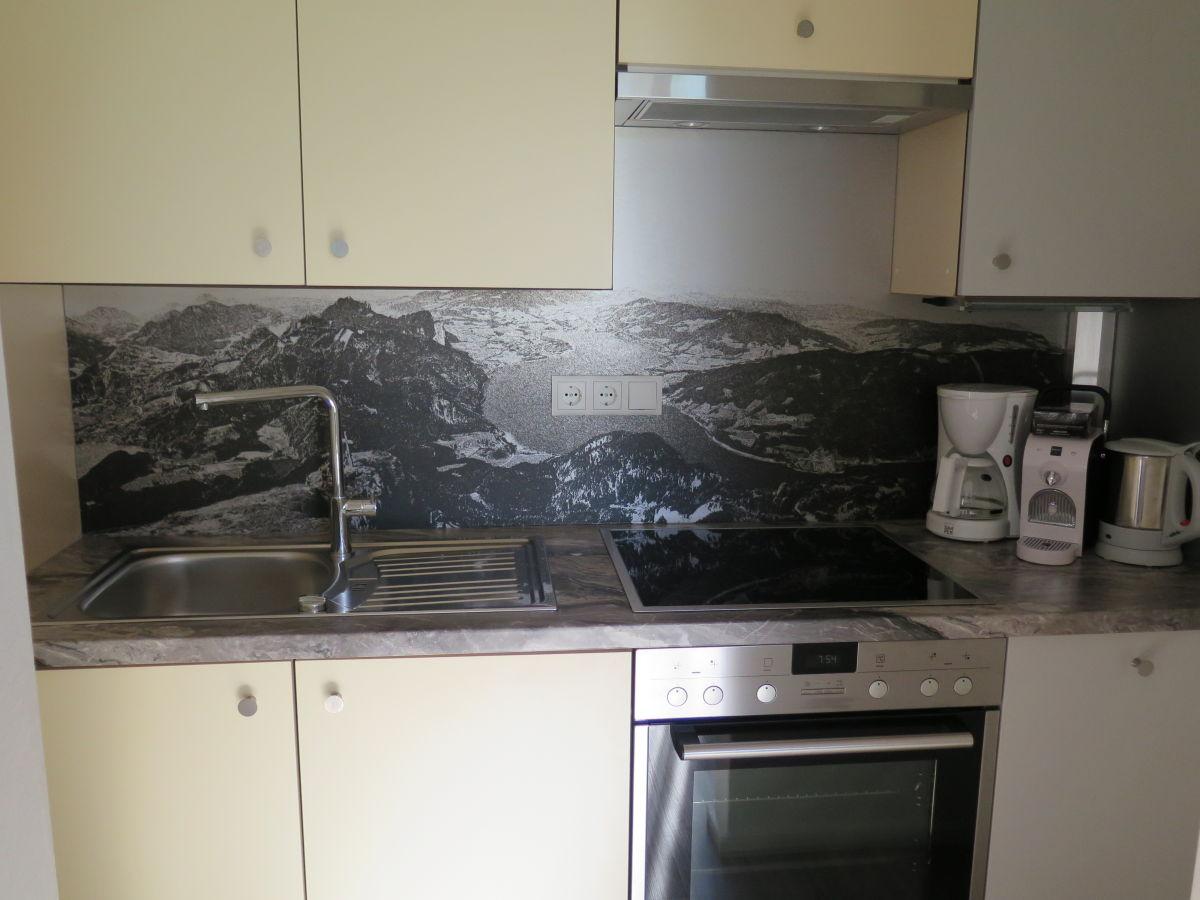 Ferienwohnung schindlauer 2 salzkammergut mondsee for Eckbankgruppe küche
