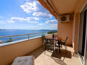 Ferienwohnung Lea Apartments 5