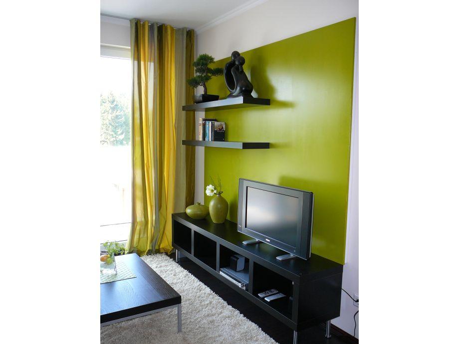 Video- und Fernsehwand im Wohnzimmer