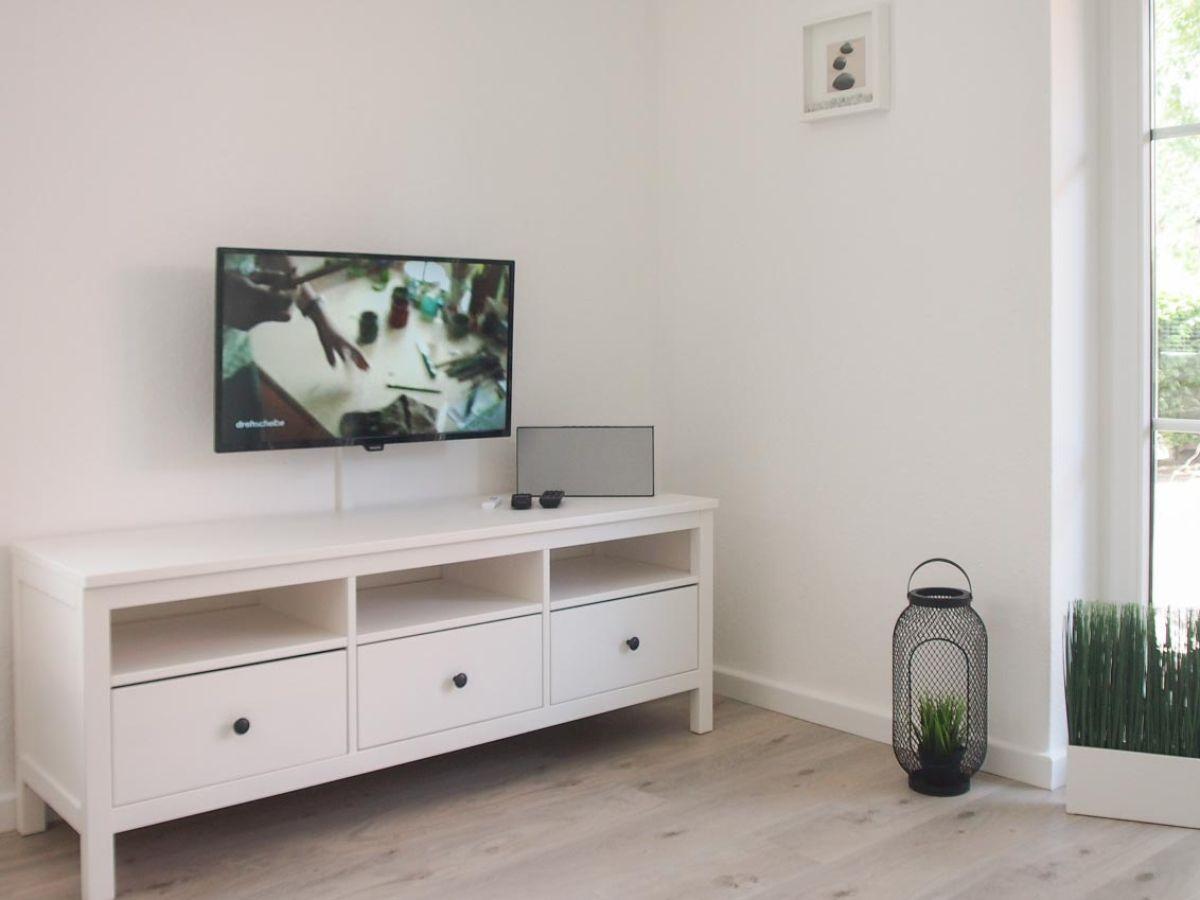 ferienwohnung beachlife 2 timmendorfer strand firma ostsee living frau birgit nottmeier. Black Bedroom Furniture Sets. Home Design Ideas