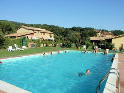 """Residence Sul Lago di Mario"" with pool"