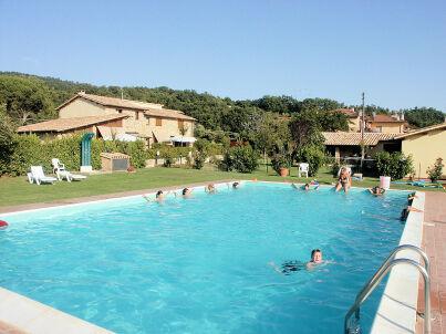 """Residence sul lago di Mario"" mit Pool"