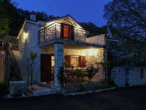 Ferienhaus House Barada