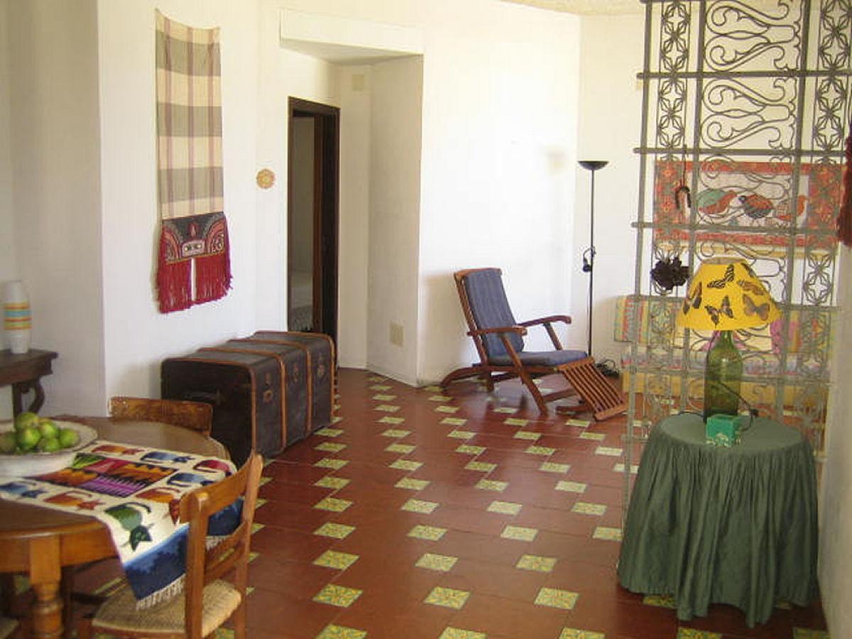 Villa casamm re barcellona calder sizilien palermo for Wohnzimmer qm