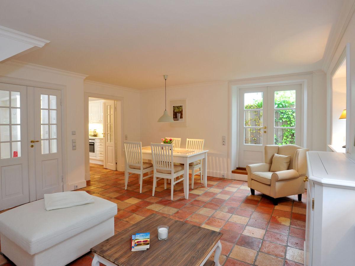reihenhaus haus am kliff weberhof sylt firma appartementvermittlung frau annett bodewei. Black Bedroom Furniture Sets. Home Design Ideas